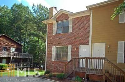 Marietta Multi Family Home For Sale: 2881 Lakemont Dr