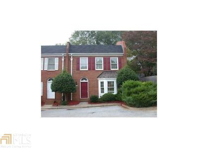 Roswell Rental New: 7602 St Charles Sq #H1