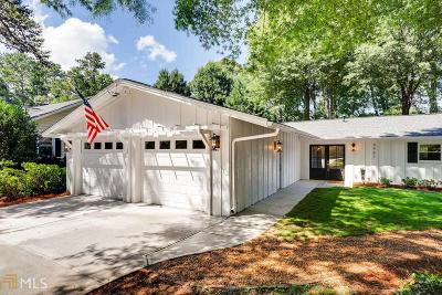 Single Family Home For Sale: 3461 Stratfield Dr
