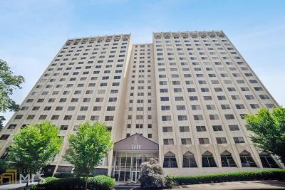 Peachtree Hills Condo/Townhouse For Sale: 2479 Peachtree Rd #1307