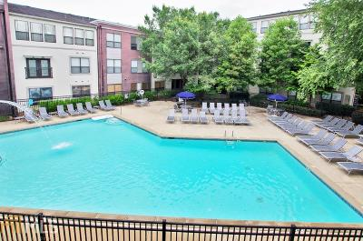 Freedom Heights Condo/Townhouse For Sale: 821 Ralph McGill Blvd #3212