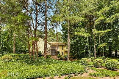 Roswell Single Family Home For Sale: 130 Gunlock Trce