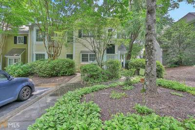 Alpharetta Condo/Townhouse For Sale: 5063 Avalon Dr
