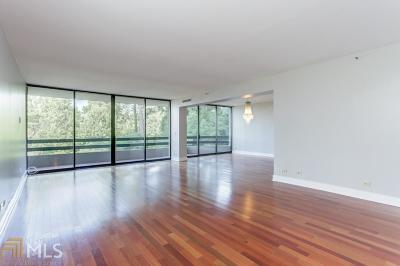 Park Place On Peachtree Condo/Townhouse For Sale: 2660 Peachtree Rd #6B
