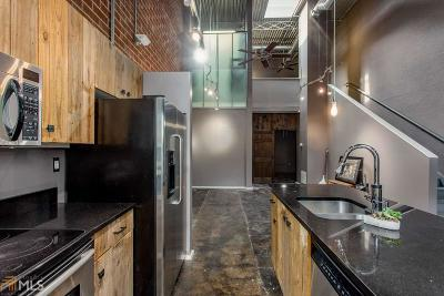 Arizona Lofts Condo/Townhouse For Sale: 195 Arizona Ave #170