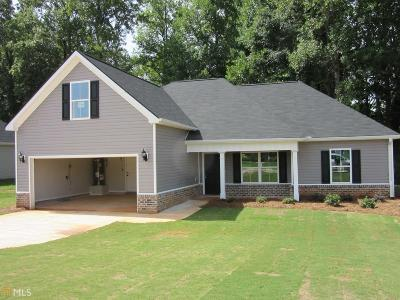 Butts County Single Family Home For Sale: 263 Stanebrook Ct