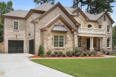 Roswell, Sandy Springs Single Family Home For Sale: 6552 Long Acres Dr
