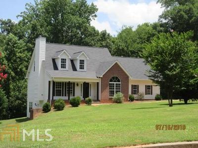 Griffin Single Family Home New: 104 Robin Hood Cir