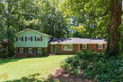 Lilburn Single Family Home For Sale: 1459 Ridgeland Ct