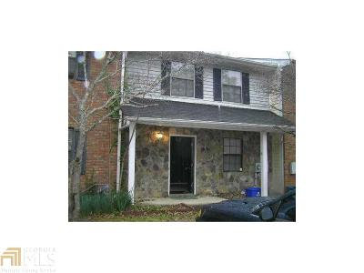 Smyrna Condo/Townhouse For Sale: 1468 Springleaf Cir