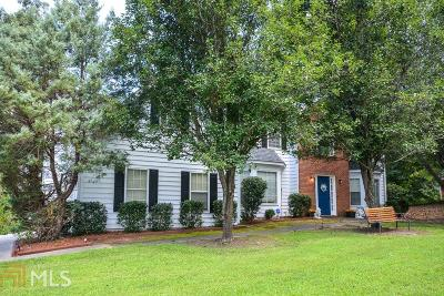 Loganville Single Family Home New: 1330 Timber Walk Drive