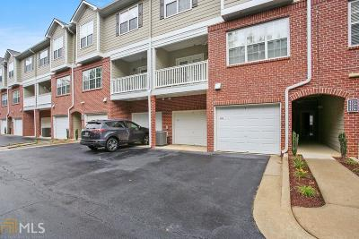 Condo/Townhouse New: 4113 Woodland Ln