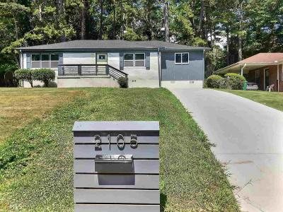 Single Family Home New: 2105 Holly Hill Dr
