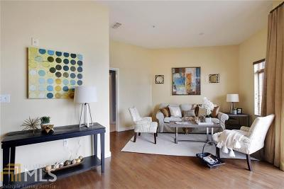 Castleberry Point Condo/Townhouse For Sale: 333 Nelson St #427