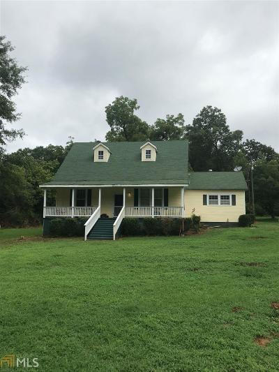 Butts County Single Family Home For Sale: 243 Stark Rd