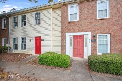 Roswell Condo/Townhouse For Sale: 1018 Old Holcomb Bridge Rd