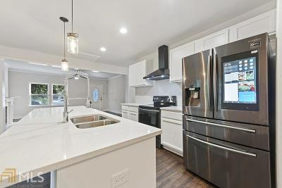 Mozley Park Single Family Home For Sale: 175 Mathewson Pl