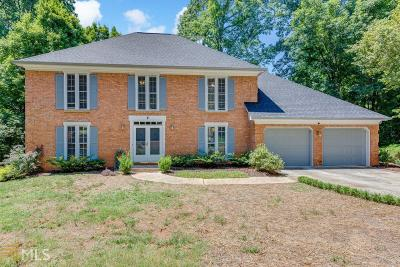 Sandy Springs Single Family Home For Sale: 510 Calaveras Dr