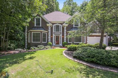 Roswell Single Family Home For Sale: 515 Old Path Xing
