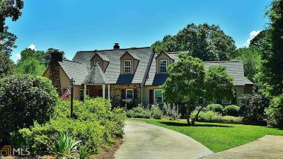 Gainesville Single Family Home For Sale: 1591 Riverside Dr
