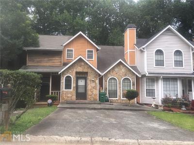 Stone Mountain Single Family Home For Sale: 840 Brandy Oaks Ln