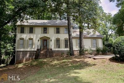 Stone Mountain Single Family Home For Sale: 5763 Vantage Ct