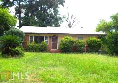Columbus Single Family Home For Sale: 215 Leary Ave