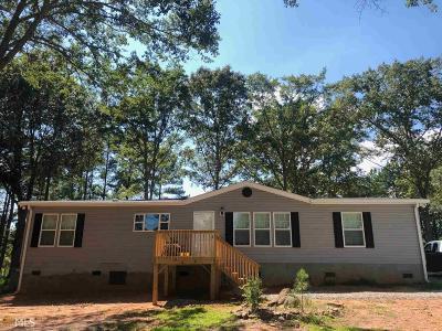 Barnesville Single Family Home For Sale: 109 Mann Rd