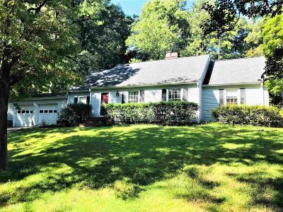 Lagrange Single Family Home New: 811 Piney Woods Dr.