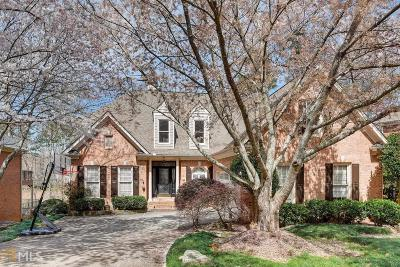 Alpharetta Single Family Home For Sale: 1120 Longcreek Pt