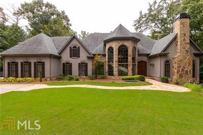 Roswell Single Family Home For Sale: 2135 River Cliff Dr