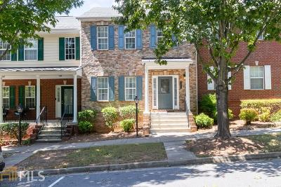 Suwanee Condo/Townhouse For Sale: 1089 Scales Rd