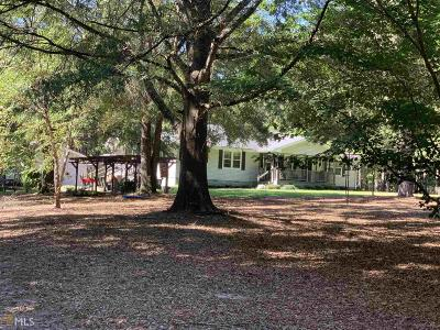Hampton Single Family Home For Sale: 945 Hall Rd