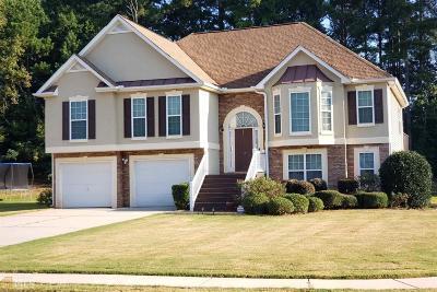 Hampton Single Family Home For Sale: 111 Brooks Cir