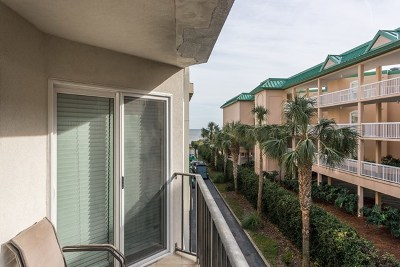 St. Simons Island Single Family Home For Sale: 1440 Ocean Boulevard #235
