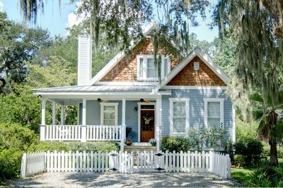 St. Simons Island Single Family Home For Sale: 235 Broadway St