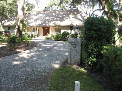 St. Simons Island Single Family Home For Sale: 17 Fairway Drive