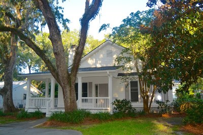 St. Simons Island Single Family Home For Sale: 211 Broadway Street
