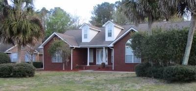 Brunswick Single Family Home For Sale: 114 Stately Oaks Circle