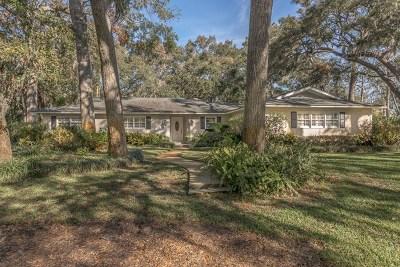 St. Simons Island Single Family Home For Sale: 111 Palm Drive
