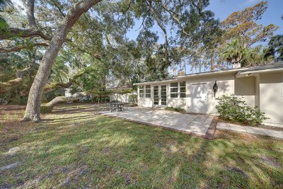 Sea Island Single Family Home Active Contingent: 135 East Eleventh St (Cottage 125)