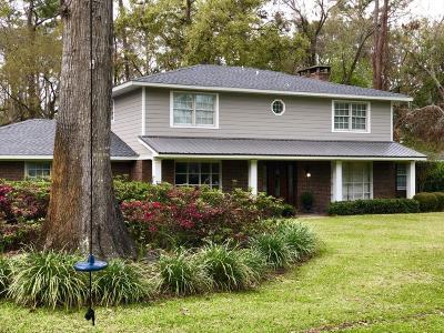 St. Simons Island Single Family Home For Sale: 126 Bay Berry Circle