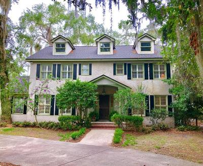 St. Simons Island Single Family Home For Sale: 413 Mimosa Drive