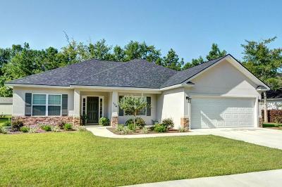 Brunswick Single Family Home For Sale: 174 Majestic Oaks Dr