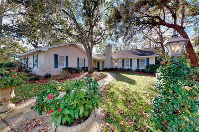 Single Family Home For Sale: 122 Saint Andrews