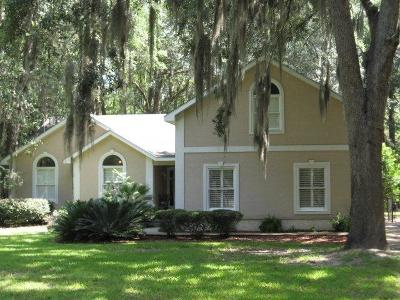 Brunswick Single Family Home For Sale: 1174 W Shore Drive