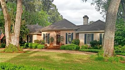 Single Family Home For Sale: 106 Cypress Point