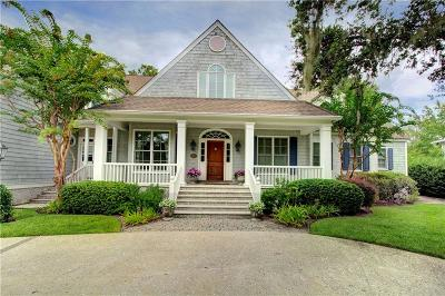 Single Family Home For Sale: 102 Cypress Point
