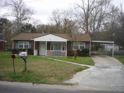 Rental For Rent: 512 Eisenhower Drive