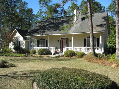 Jesup Single Family Home For Sale: 62 Jekyll Island Road